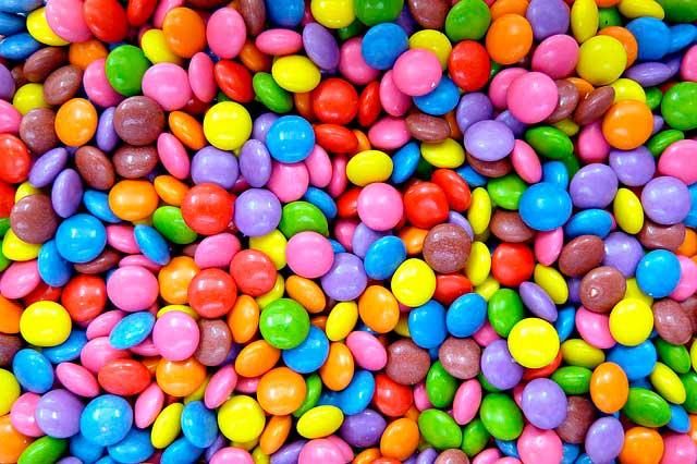 O açúcar é uma droga que vicia e pode levar a dependência