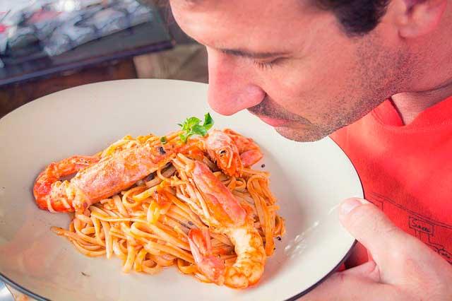 Alergia aos cheiros alimentares | Reagir a partículas inaladas de alimentos