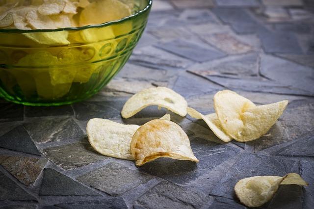 Alimentos gordurosos causam inchaço?
