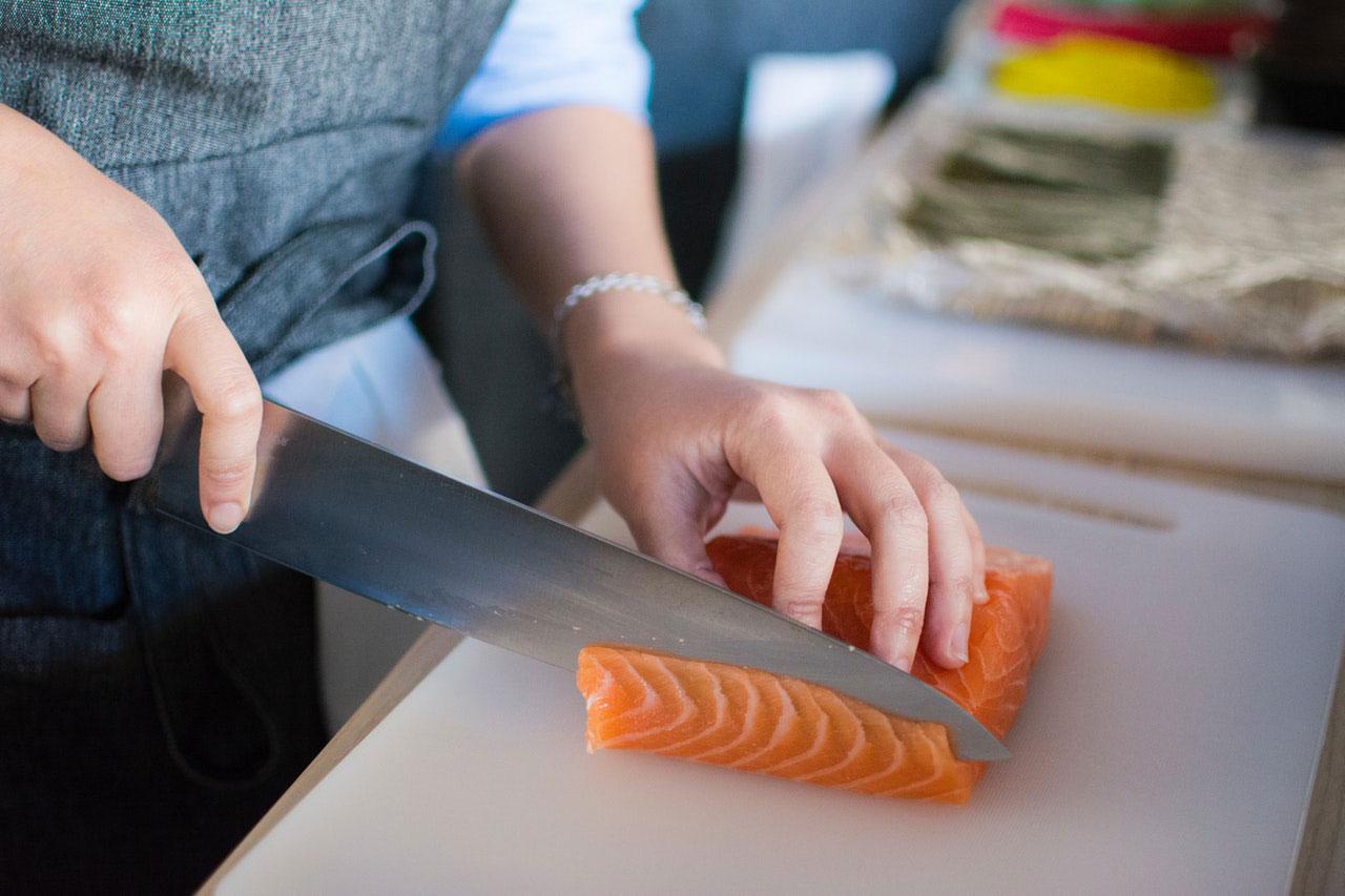 Anisakis | Doença causada por comer peixe cru ou mal cozido
