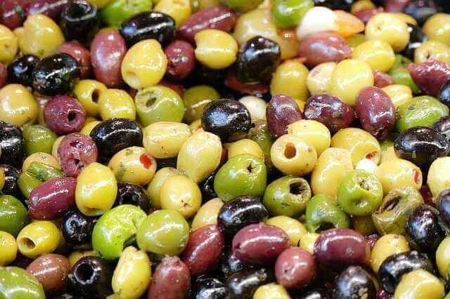 Azeitonas são saudáveis para comer?