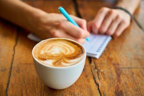 Beber café pode salvar seu fígado