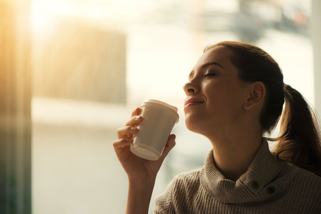 Beber café realmente melhora a memória?
