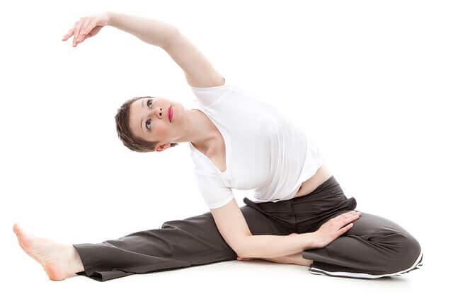 Os benefícios de alongamento para alívio da dor