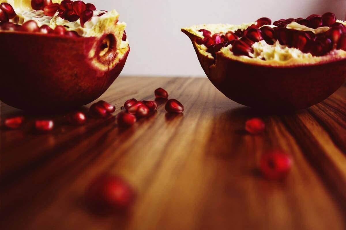 15 Benefícios para a Saúde de Suco de Romã