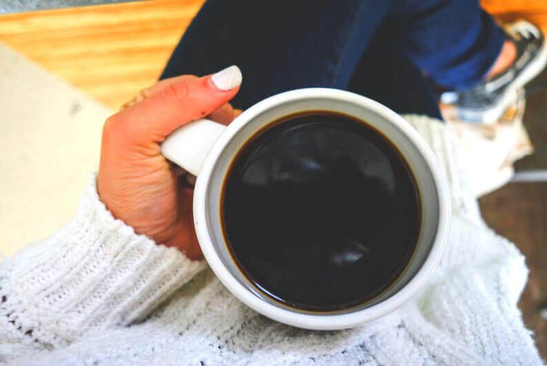 Café pode reduzir o risco de suicídio?