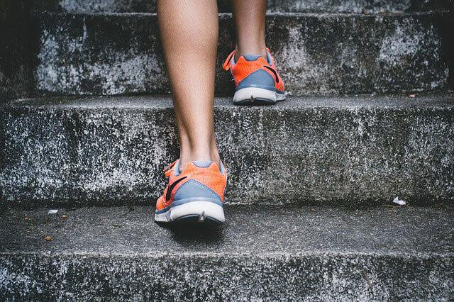 Cãibras nos pés (Espasmos musculares)