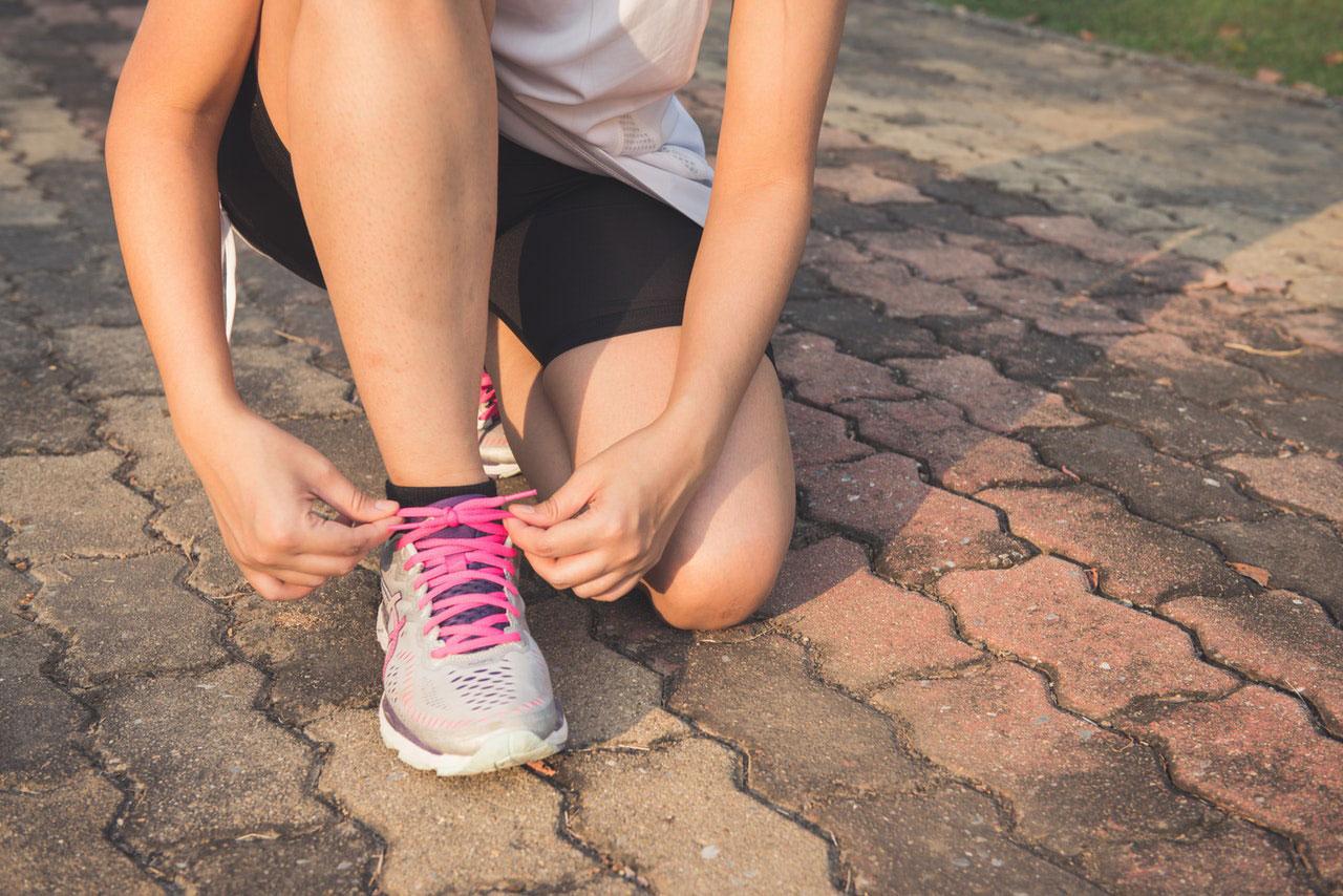 Causas comuns do inchaço do pé e tornozelo
