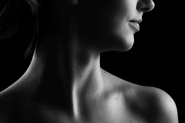 Causas da dor atrás da orelha e abaixo do pescoço