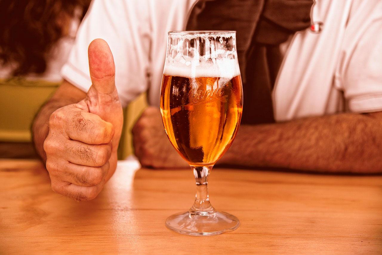 Causas de encolhimento cerebral em alcoólicos