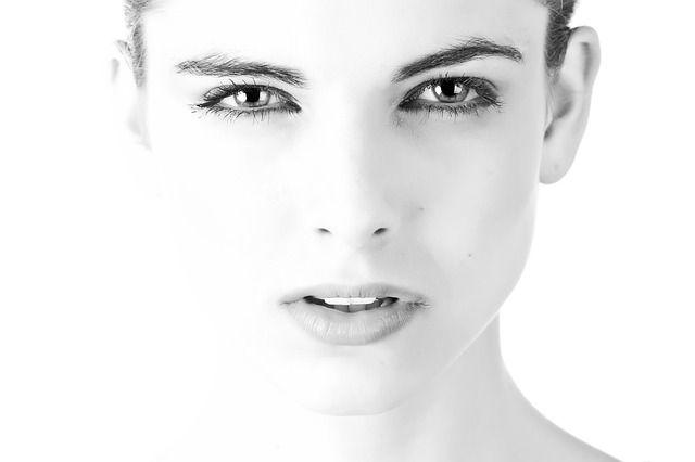 Principais causas potenciais de inchaço no rosto