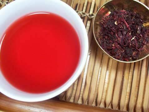 Chá de hibisco ajuda queimar gordurinhas e perder peso