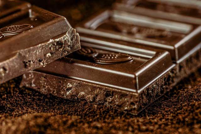 Chocolate pode evitar ataques cardíacos e derrames