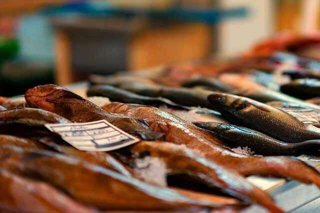 Cólicas abdomianis depois de comer peixe