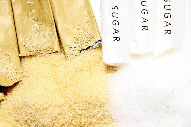 Cólicas abdominais depois de consumir aspartame