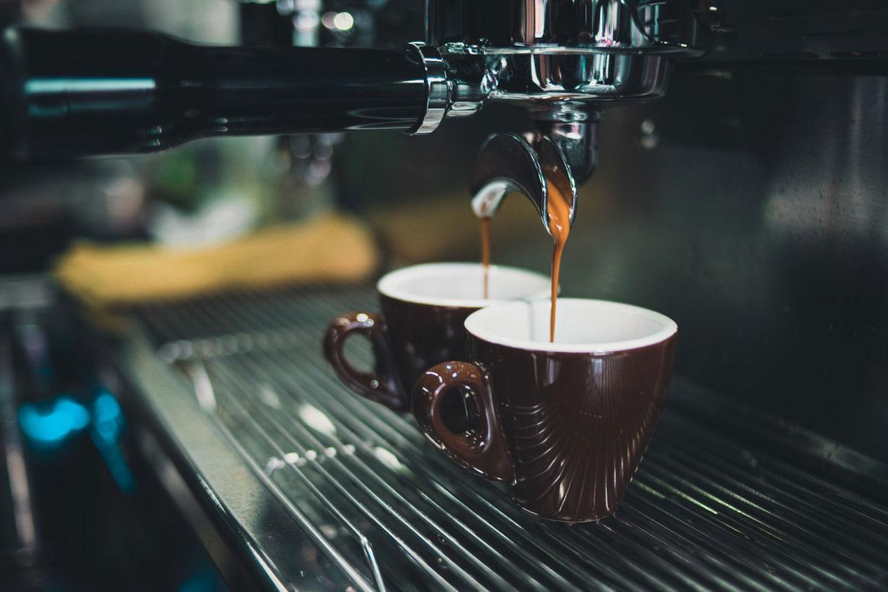 Como a cafeína afeta seu sistema digestivo?