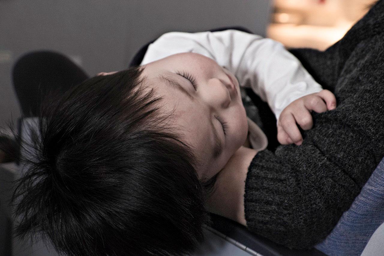 Como a gripe afeta bebês e crianças pequenas