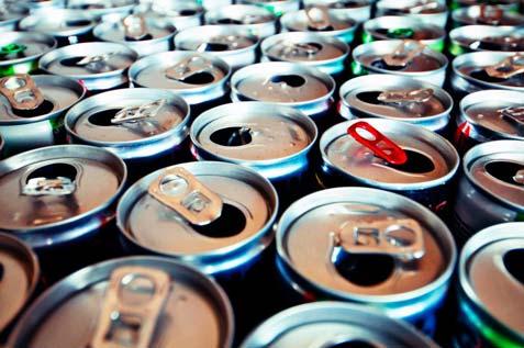 Como bebidas energéticas afetam seu corpo dentro de 24 horas