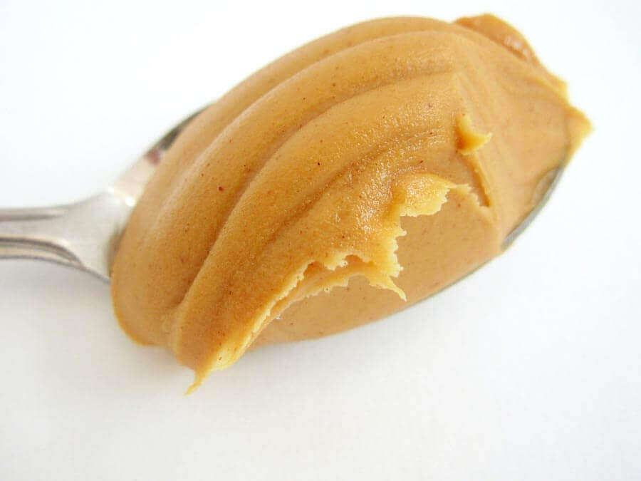 Como é feita a manteiga de amendoim