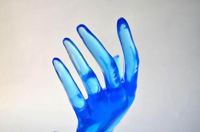 Condições médicas que causam dedos azuis
