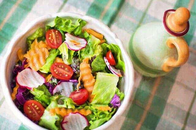Dieta baixa em carboidratos: ela pode ajudar você perder peso?