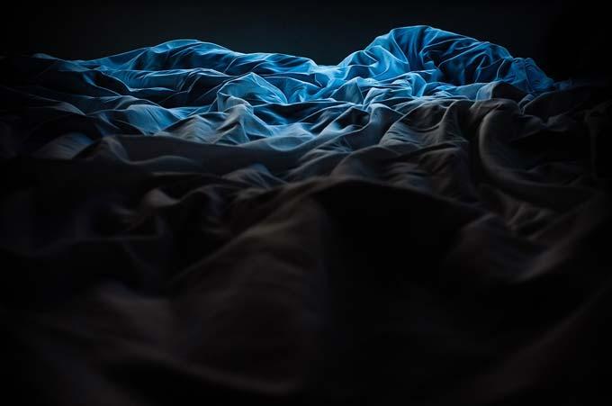 Dificuldade em adormecer? Tente esse truque para enganar o seu cérebro