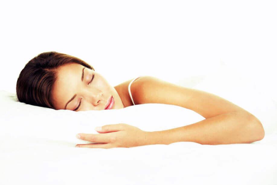 Dor e problemas de sono precisam ser tratados juntos