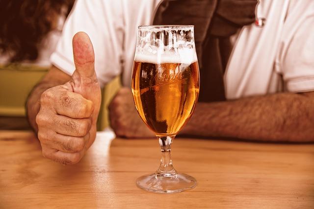 Dor no estômago depois de beber cerveja