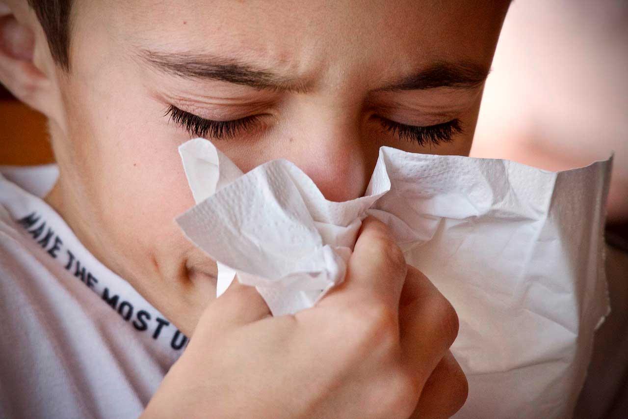 É normal sentir dor no pescoço com um resfriado?