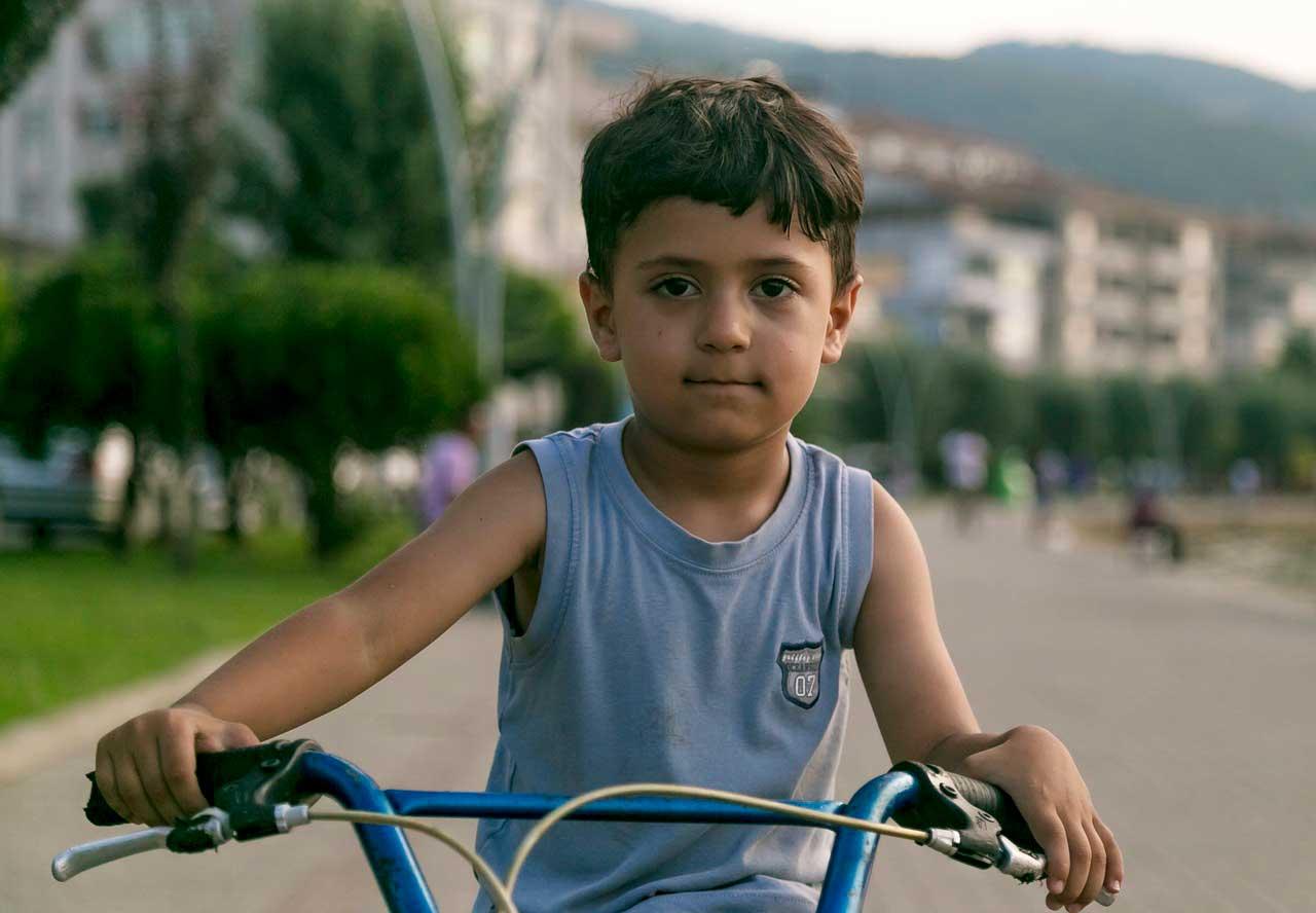 Dor no quadril em crianças | Sintomas e Causas