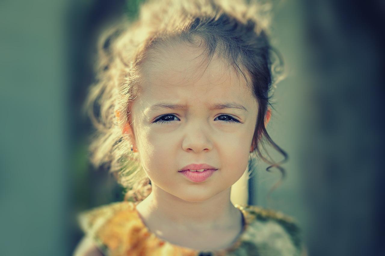 Dores de cabeça de tensão em crianças | Sintomas e Tratamento
