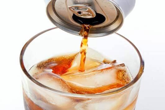 É seguro beber refrigerante diet para Diabetes?