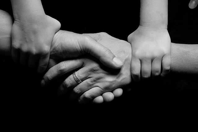 Formigamento nas mãos em crianças