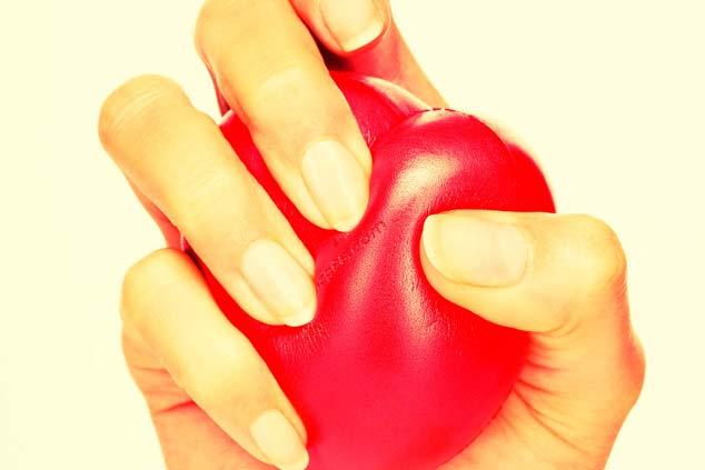 Infarto (Ataque Cardíaco) Sintomas, Causas e Tratamento