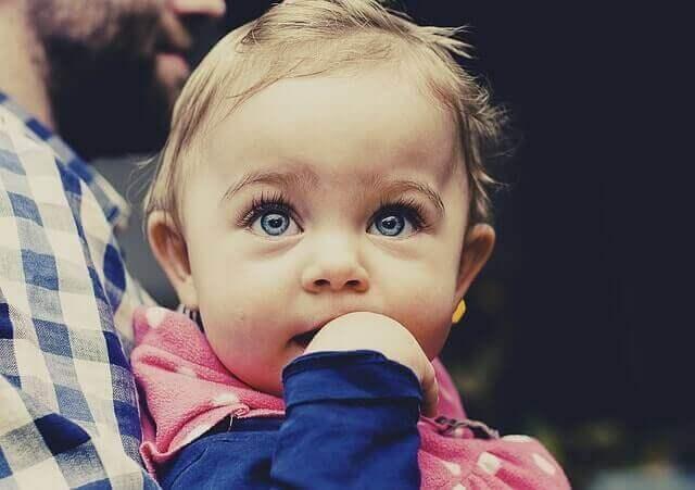 Mancha Vermelha no Olho do Bebê