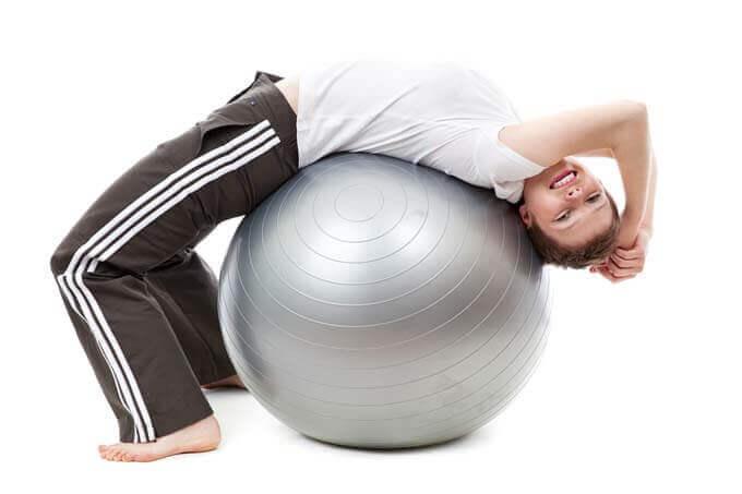 5 maneiras de diminuir a dor nas costas