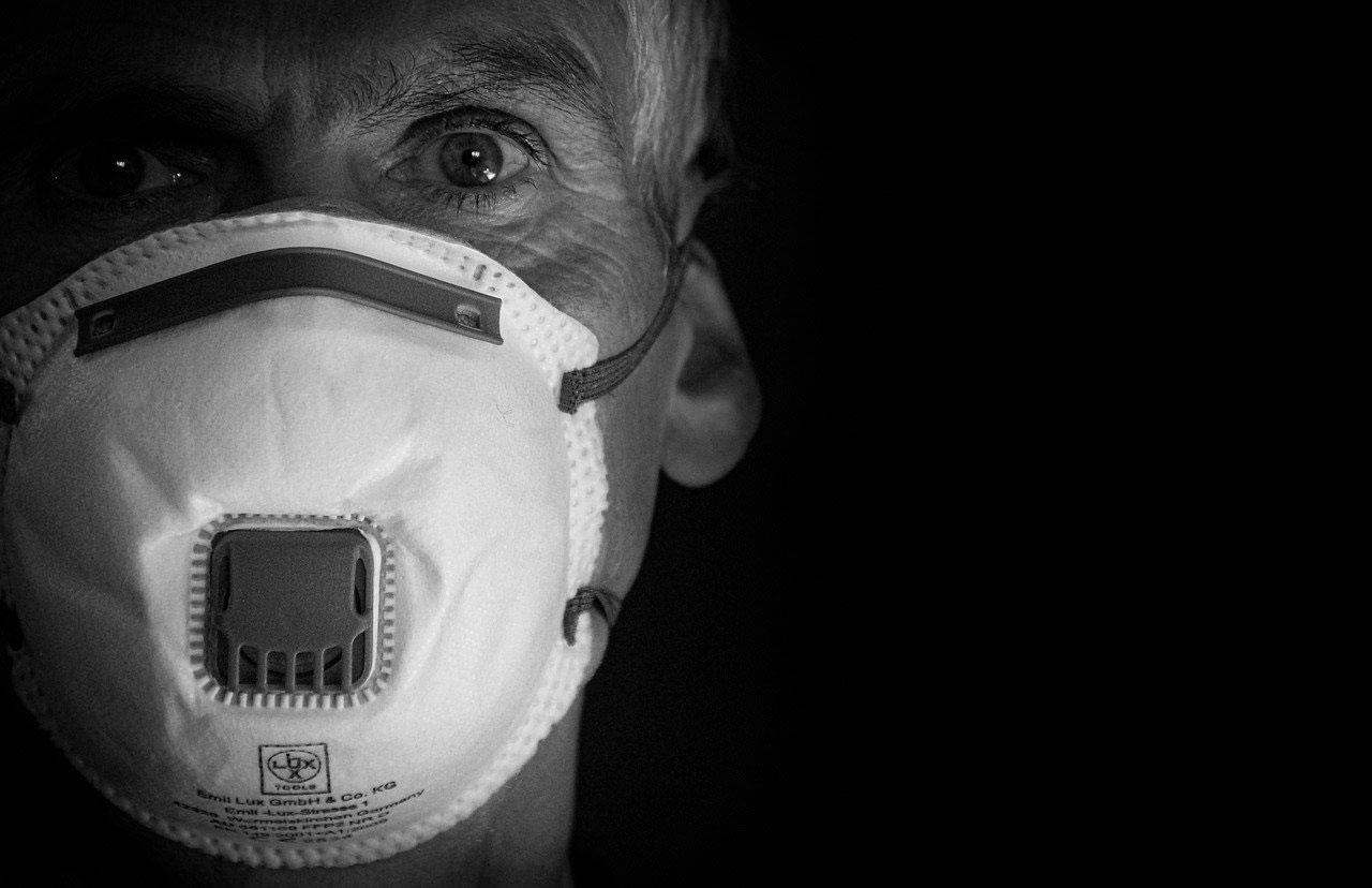 Máscaras faciais médicas podem prevenir infecções virais?