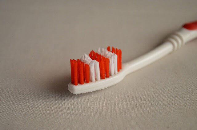 Mau hálito de infecção dentária