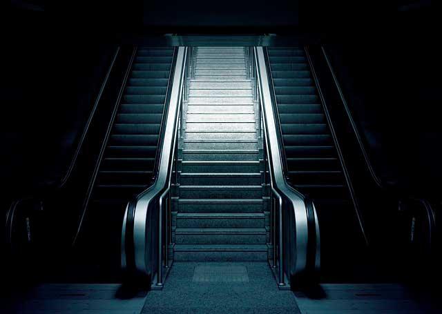 Medo de Escadas Rolantes | Fobia, Causas e Sintomas