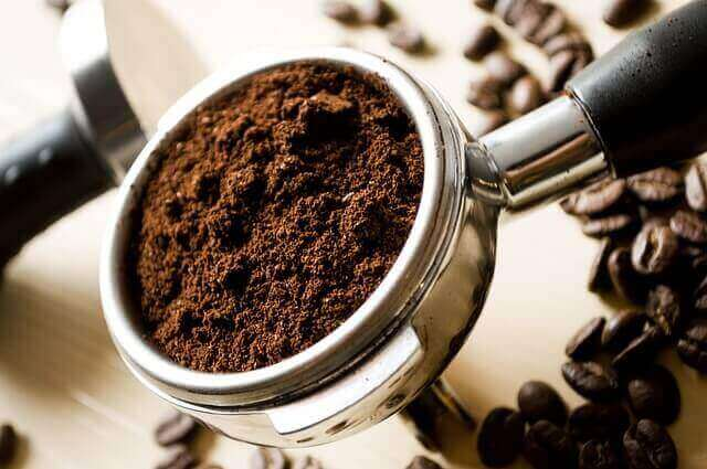 Muita cafeína pode causar raiva e confusão?