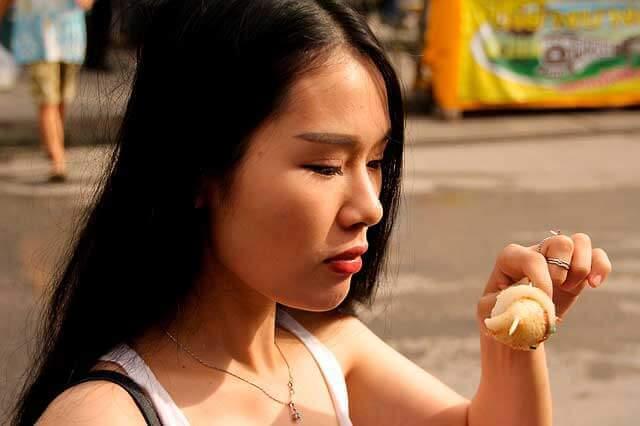 Náusea após comer: Causas e tratamento