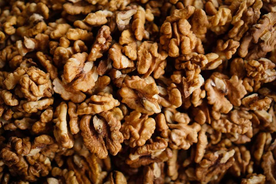 Comer Nozes, Amendoins diariamente pode Reduzir Risco de Câncer