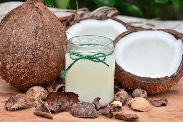 Óleo de Coco e os Benefícios para sua Pele