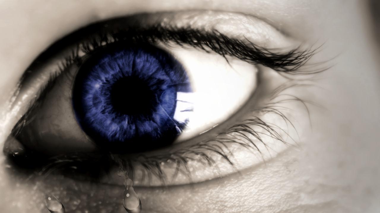 Olho seco e enxaqueca | Relação, Causas, Sintomas e Tratamento