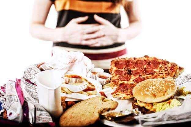 11 Sinais e Sintomas de Compulsão Alimentar