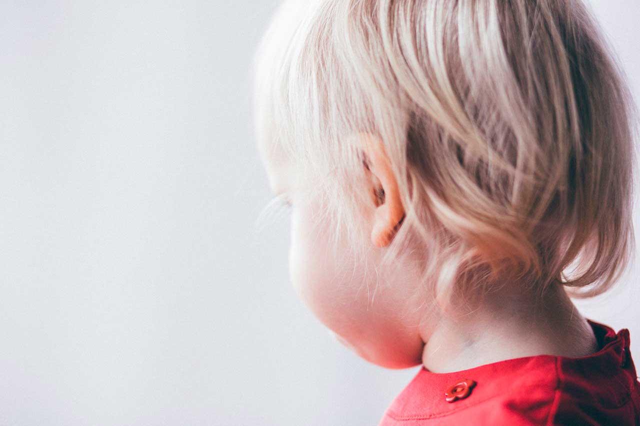 Perda de cabelo em crianças | Principais Causas e Tratar