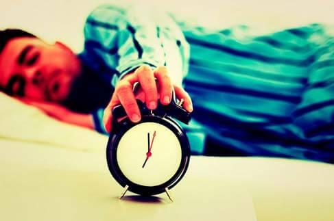 Por que algumas pessoas precisam dormir muito mais do que outras?