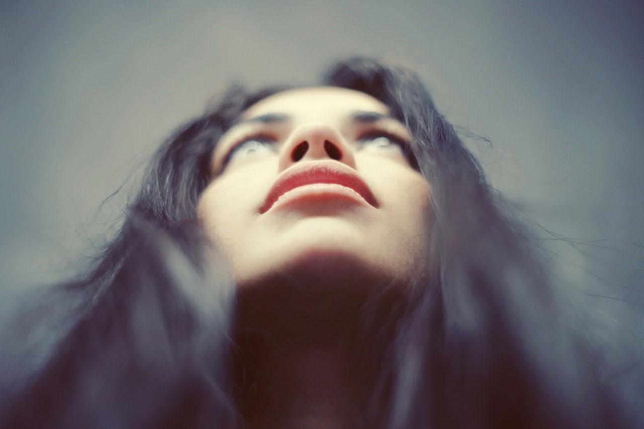 Queimação na cabeça e no nariz | Causas, Sintomas e Complicação