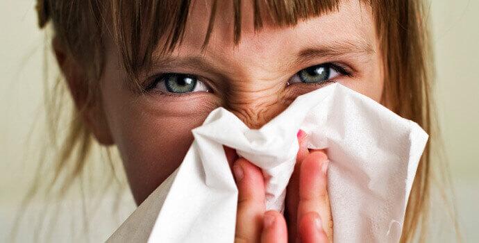 Rinite Alérgica | Sintomas de Corrimento Nasal e Coriza