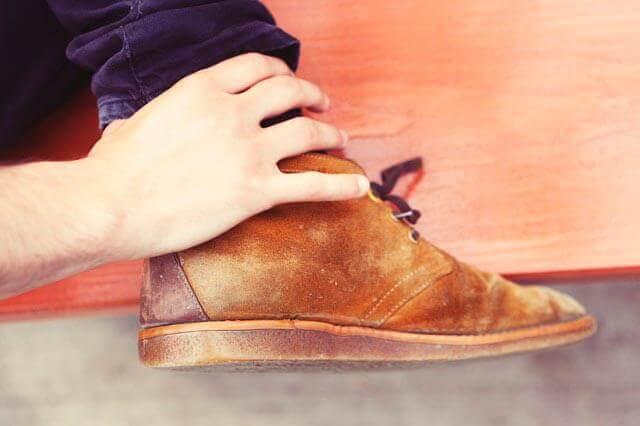 Sensação de agulhada nas mãos e nos pés